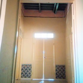 Porte de pièce à l'étage