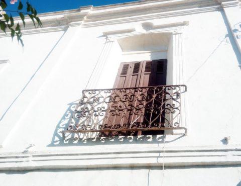 facade-mur-maison-traditionelle-safi-maroc-